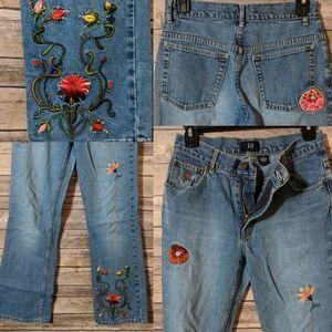 ✨GAP Kids Girls Floral Embroidered Jeans
